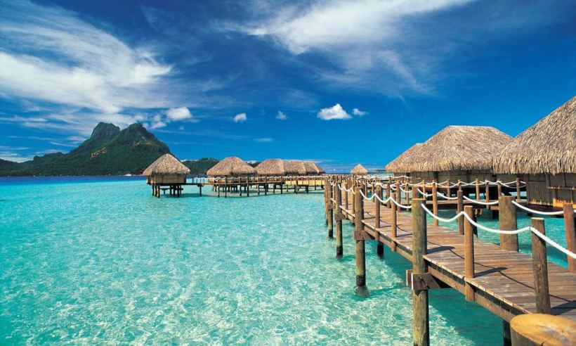 BOBPBR_Overwater_Bungalows_1000x600_29546.jpg