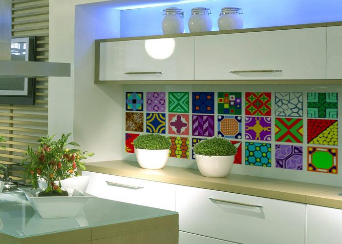 adesivo_ladrilho_coloridos_cozinha