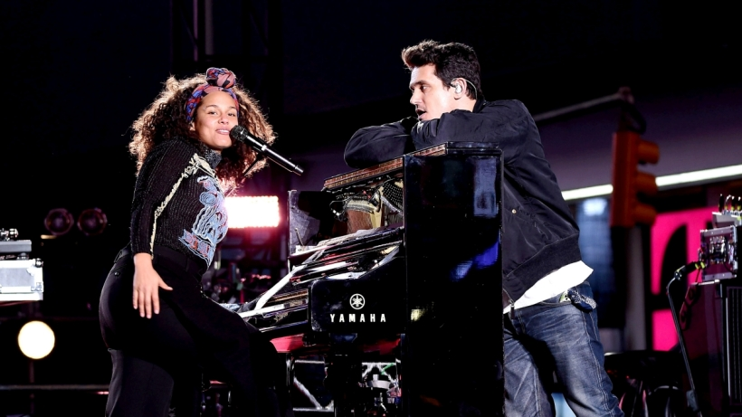 101016-Shows-BET-BREAKS-x-ALICIA-KEYS-Alicia-Keys-John-Mayer.jpg
