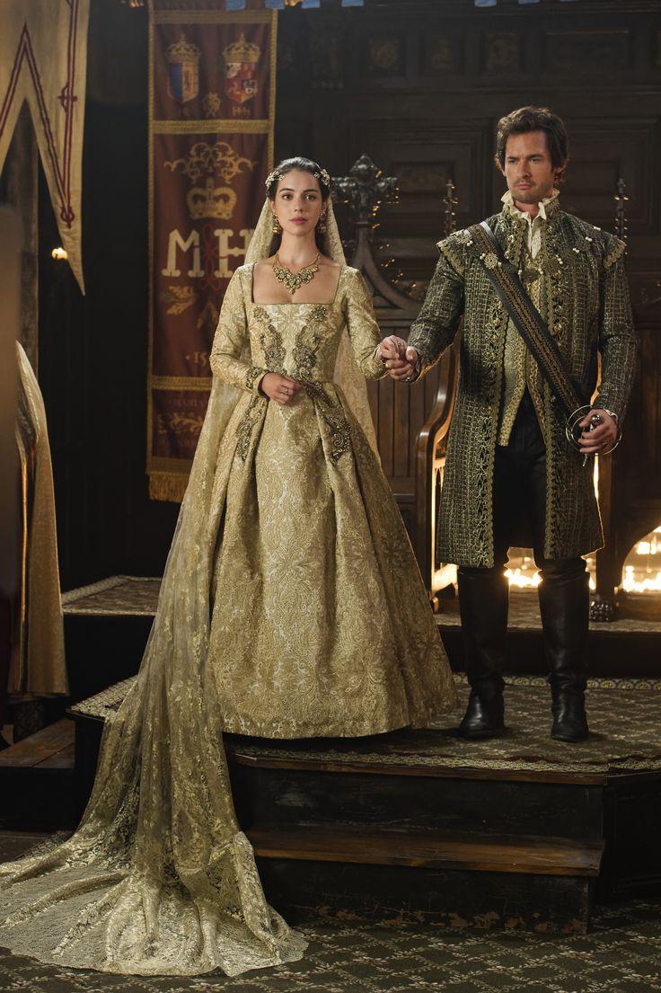 f0ded5cccf8624cf4358b3824e9bf9ac--queen-mary-royal-weddings