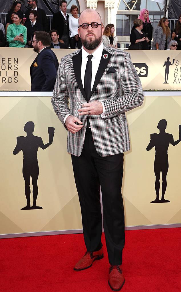 rs_634x1024-180121154530-634-red-carpet-fashion-2018-SAG-awards-chris-sullivan.ct.012118